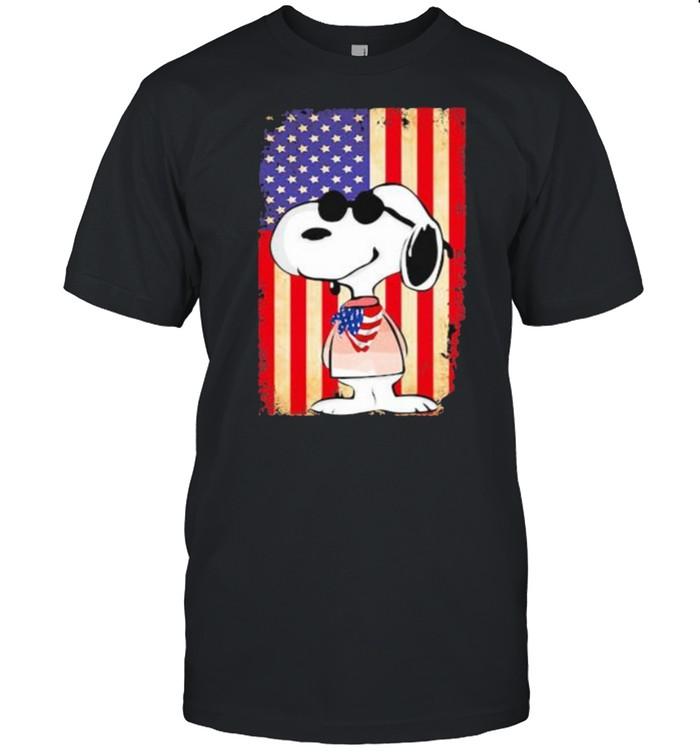 Snoopy Wear American Flag Vintage  Classic Men's T-shirt
