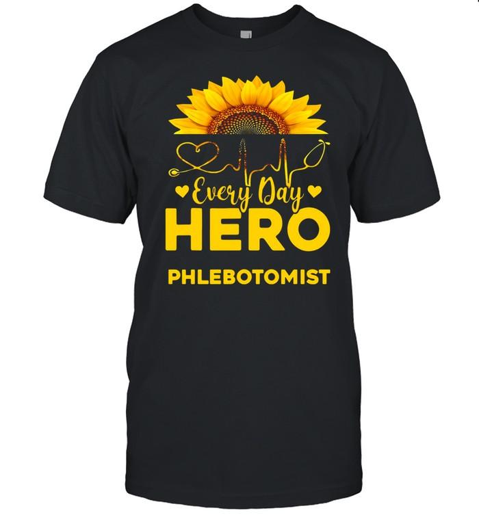 Sunflower Nurse Everyday Hero Phlebotomist Gold T-shirt Classic Men's T-shirt